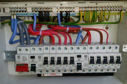Fuse board, consumer unit